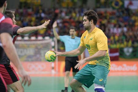 terrain de handball: Rio, Brazil - august 13, 2016: Leonardo SANTOS during Handball game Brazil (BRA) vs Egypt (Egy) in Future Arena in the Olympics Rio 2016