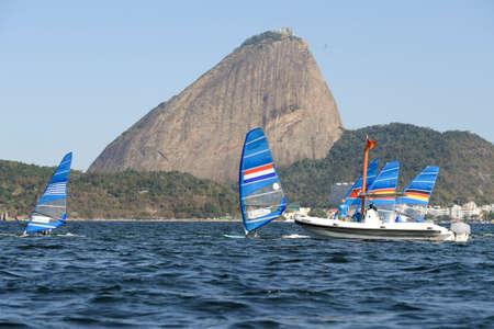리우데 자네이루, 브라질 - 2016 년 8 월 14 일 : 리오 2016 올림픽 게임의 남자 rs-x medley 릴레이 중 xxxxxxx 에디토리얼