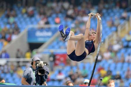 Rio de Janeiro, Brazilië - augustus 16, 2016: BOSLAK Vanessa (FRA) tijdens de polsstokspringen van Dames in de Olympische Spelen 2016 in Rio