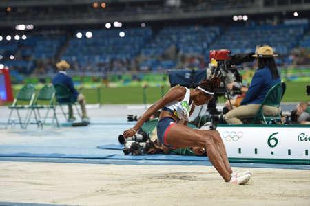 Río de Janeiro, Brasil - 16 de agosto de 2016: PROCTOR Shara (GBR) durante el salto de longitud femenino en los Juegos Olímpicos de Rio 2016