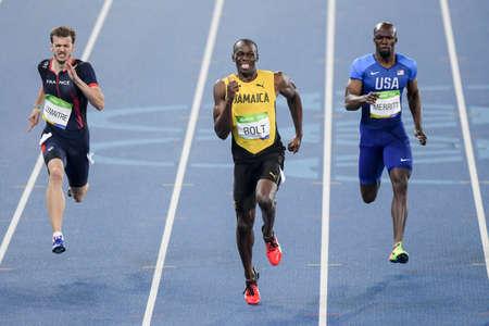 Rio de Janeiro, Brazilië - augustus 18, 2016: Runner Usain Bolt (JAM) tijdens de ren van 800m in de Olympische spelen van Rio 2016