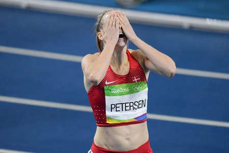 Rio de Janeiro, Brasile - 18 agosto 2016: Corridore Sara Slott PETERSEN (DEN) durante le transenne di 400 metri nelle Olimpiadi di Rio 2016 Archivio Fotografico - 89571660
