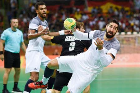Rio, Brazilië - 19 augustus 2016: Nikola KARABATIC (FRA) tijdens Handbalwedstrijd Frankrijk (FRA) tegen Duitsland (GER) in Future Arena in de Olympische Spelen Rio 2016