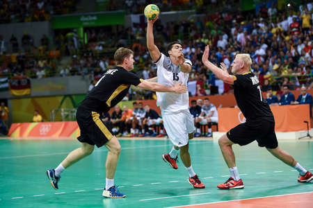 terrain de handball: Rio, Brazil - august 19, 2016: Mathieu GREBILLE (FRA) during Handball game France (FRA) vs Germany (GER) in Future Arena in the Olympics Rio 2016