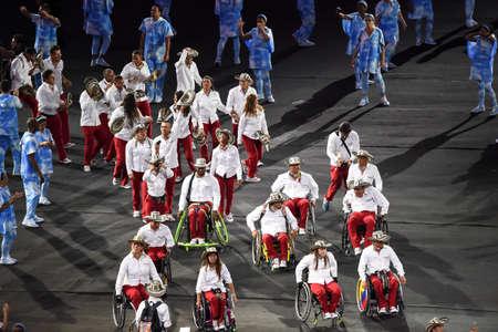 Rio de Janeiro, Brazil - september 07, 2016: opening ceremony of the Paralympics Rio 2016 at Maracana Stadium. Delegation of Colombia Foto de archivo - 95864401