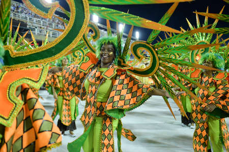 Rio de Janeiro, RJBrazil - February 09, 2018: Samba School parade in Sambodromo. Unidos de Bangu during festival at Marques de Sapucai Street Redactioneel