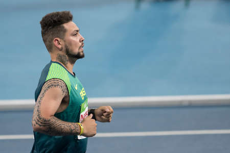 Rio, Brazil - september 08, 2016: OLIVEIRA Alan Fonteles Cardoso (BRA) during Mens 100m - T44 Round 1, in the Rio 2016 Paralympics Games. 에디토리얼