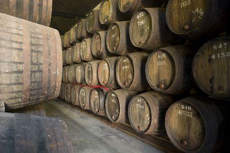 En la bodega de vino de Porto, Portugal Foto de archivo - 3696128