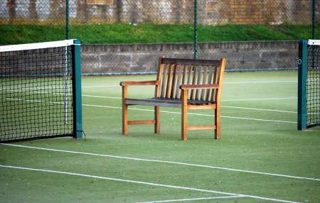 an umpire: tennis courts