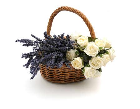 mimbre: cesta de flores Foto de archivo