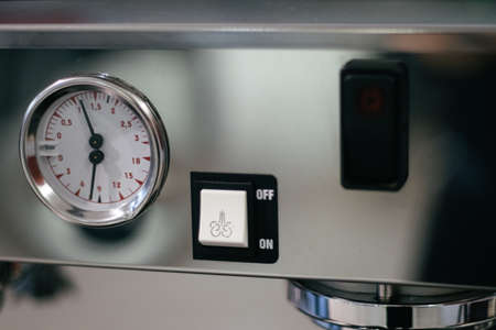 coffee machines: Dashboard Coffee machines with steam pressure reading