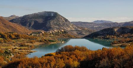 lazio: Lake Castel San Vincenzo National Park Abruzzo Lazio Molise