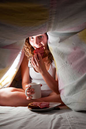 eating at bed Stock Photo - 9999594