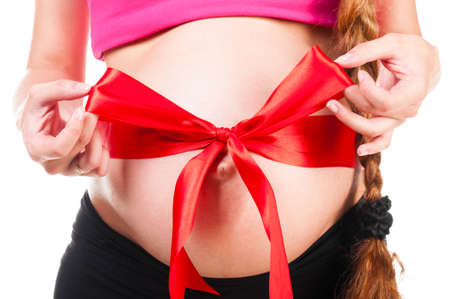 bow belly: pregnant woman