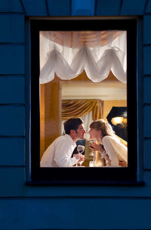 a meeting with a view to marriage: couple at restaurant Stock Photo