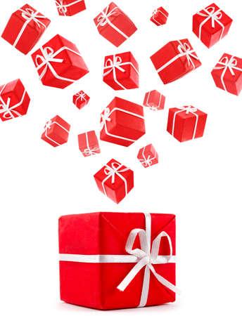 vliegende rode geschenkdozen