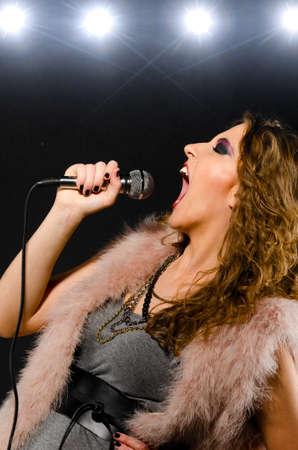 glam rock: singing glam rock song