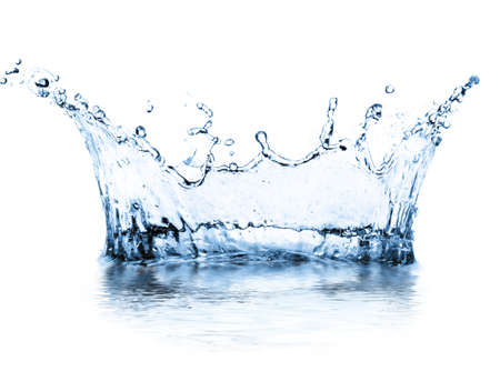 白で隔離されるスプラッシュ水