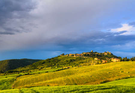 agriturismo: landscape view of Tuscany, Italy