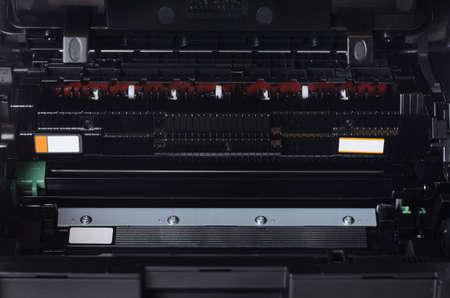 Laser printer opened for maintenance 版權商用圖片 - 82335501