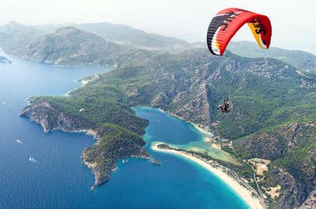 oludeniz: Paragliding. Oludeniz Stock Photo