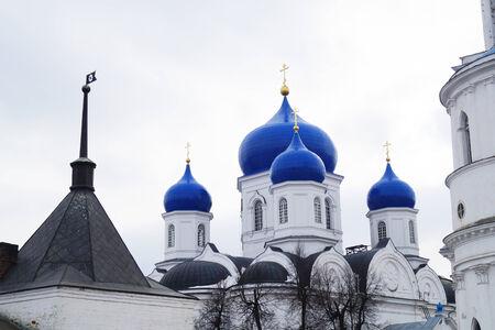 bogolyubovo: REVERENTLY-Bogolyubskiy nunnery in Bogolyubovo