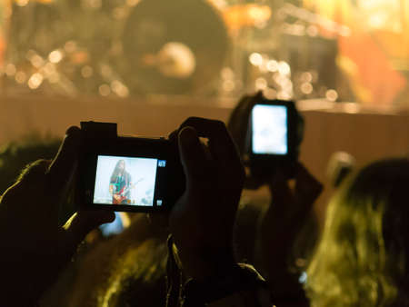 Concert photography with a smartphone during a music festival
