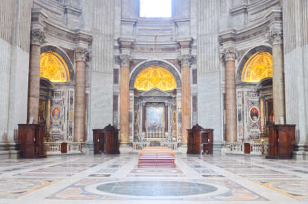 gilding: St. Peters Basilica, St. Peters Square, Vatican City. Indoor interior