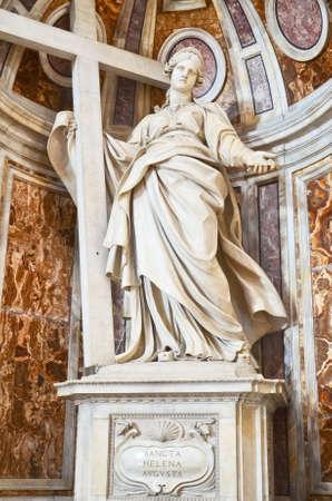 helena: Statue of St. Helena in St. Peters Basilica