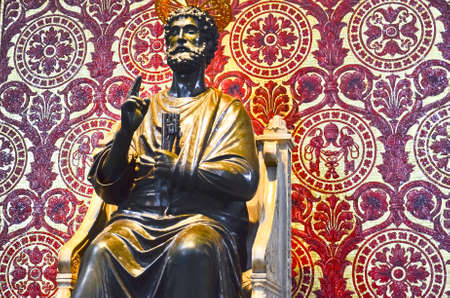 helena: Statue of St. Peter, Vatican city Editorial