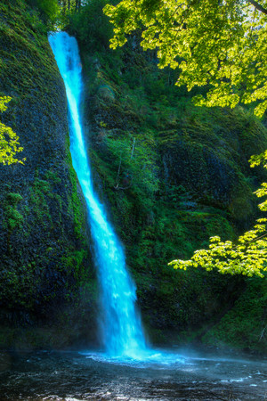 Horsetail Falls on Sunny day in Columbia River Gorge, Oregon