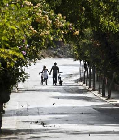free riding: coppia con biciclette