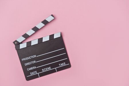movie clapper on pink background, cinema concept Banque d'images