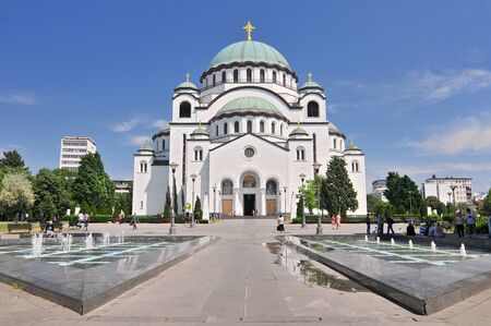 Saint Sava cathedral and Monument of Karageorge Petrovitch in Belgrade, Serbia. Standard-Bild