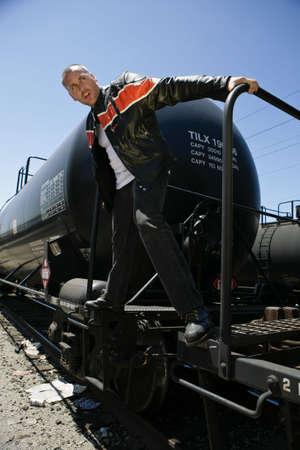 male fashion model: Hombre de moda modelo de tren