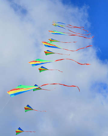 smaller: An arch of smaller kites