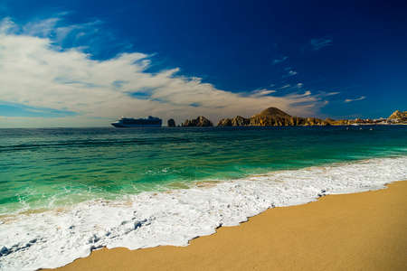 lucas: View of Waves at Sandy Beach of Cabo San Lucas in Mexico