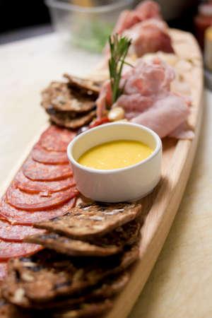 carnes y verduras: chapado estilo de restaurante de comida fresca