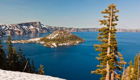 crater lake: crater lake in oregon