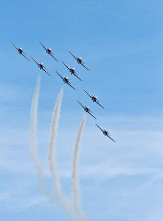 synchronized aerial flight demonstration for public show Banco de Imagens