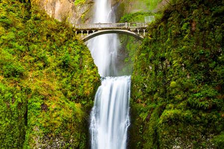 オレゴン州マルトノマ滝