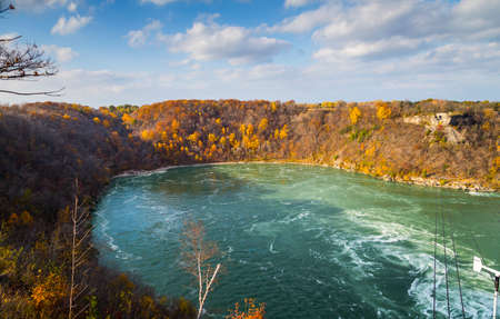 the niagara falls whirlpool down river from the waterfalls Zdjęcie Seryjne