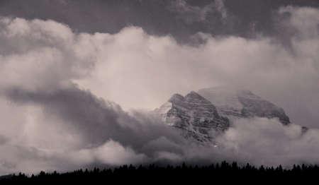 雲の山 写真素材