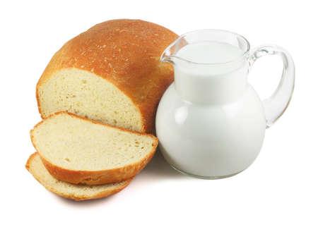 milk milk products: Pan y leche aislado en blanco Foto de archivo