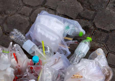 plastic bottle garbage waste on floor 版權商用圖片