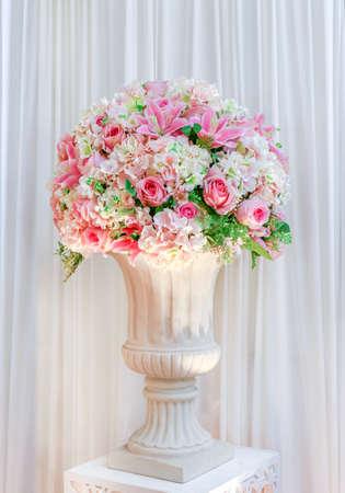 flower bouquet rose on the vase for decoration wedding event Stok Fotoğraf