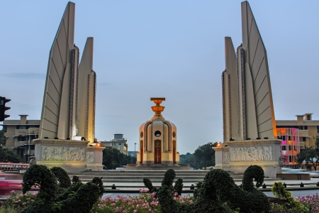 Fighting a democratic historical monuments in Thailand