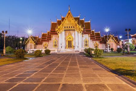 bangkok NIGHT: Temple in Bangkok night with beautifulWat Benchamabophit, Thailand