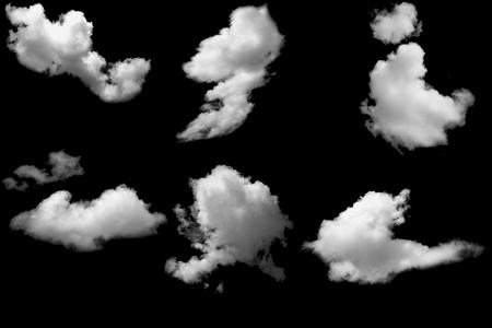 Weiße Wolken auf Schwarz
