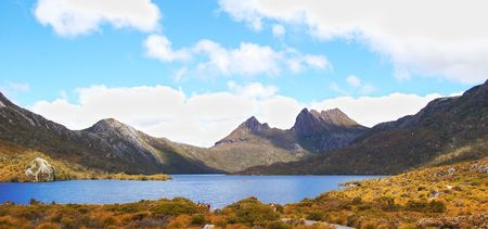 tasmania: dove lake and cradle mountains in tasmania